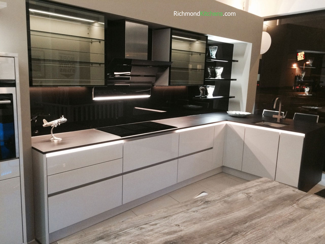pleasant remodeling mount vermeland for showrooms showroom services kitchen