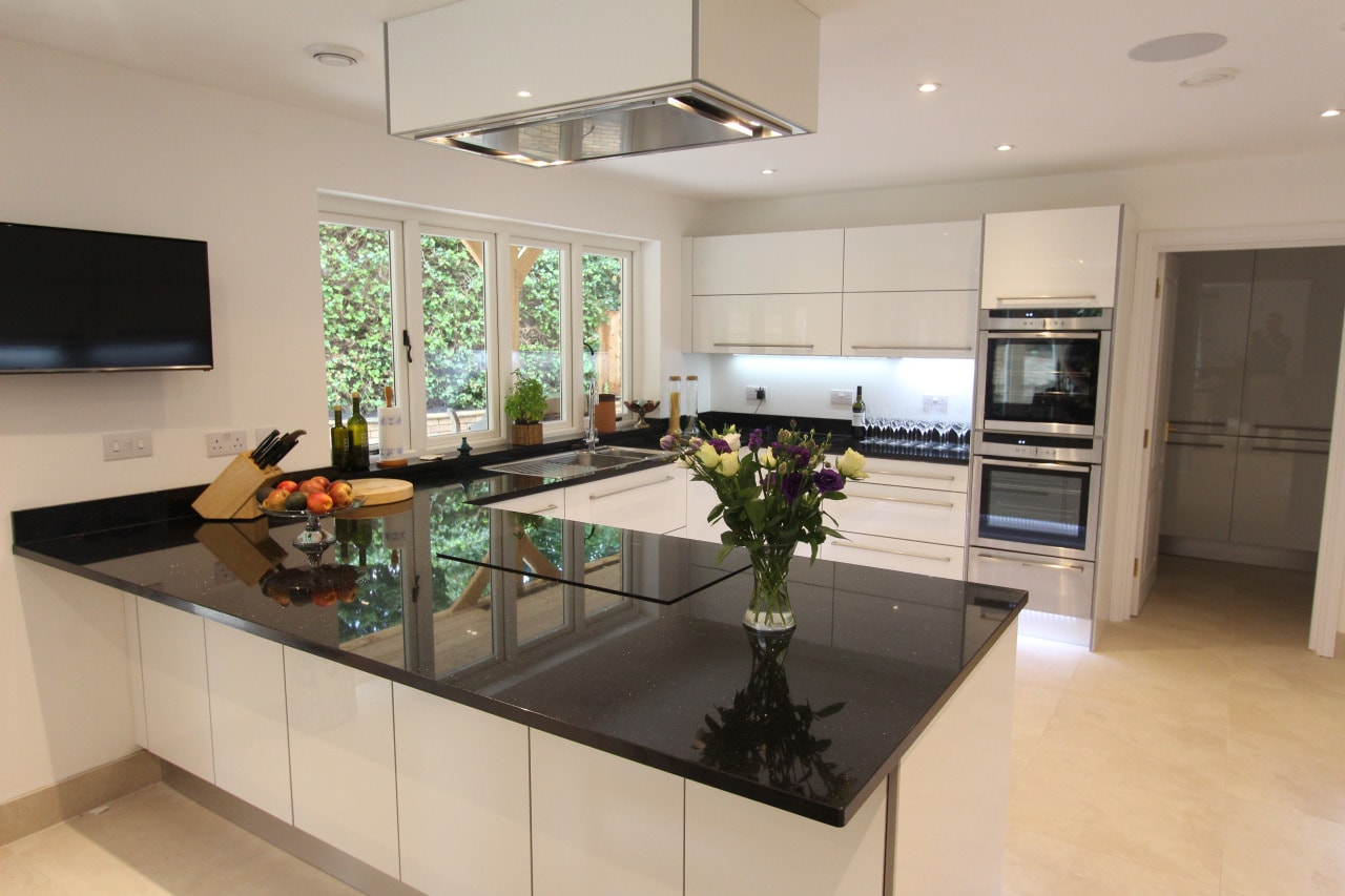 German handle-less kitchen kingston Upon Thames with High gloss ...