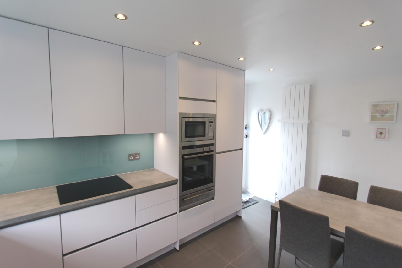 kitchen-showroom-kingston-upen-thames