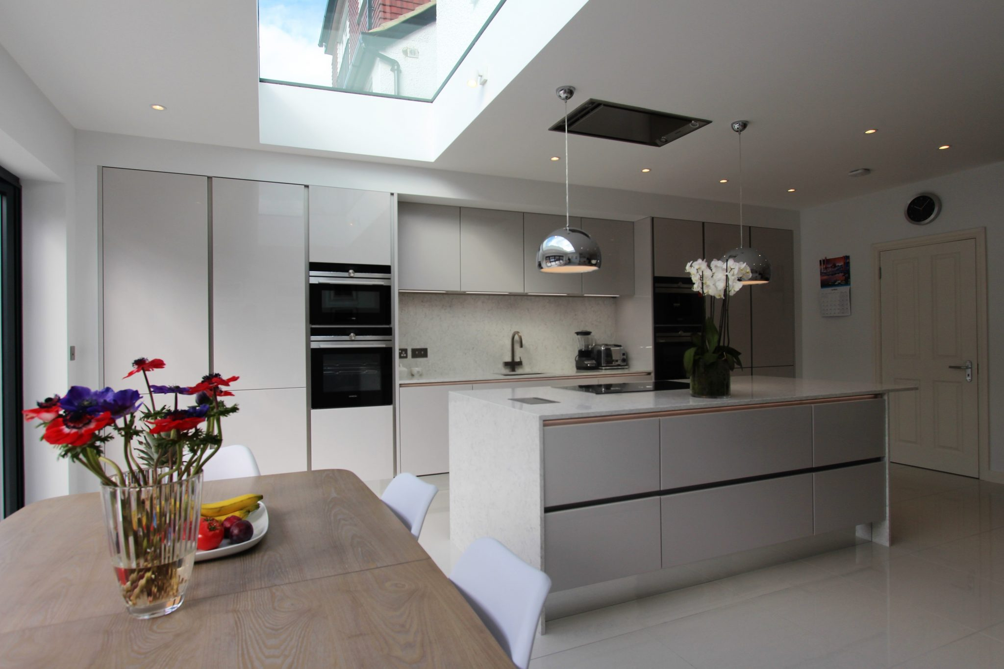 handle-less-german-kitchen-raynes-park