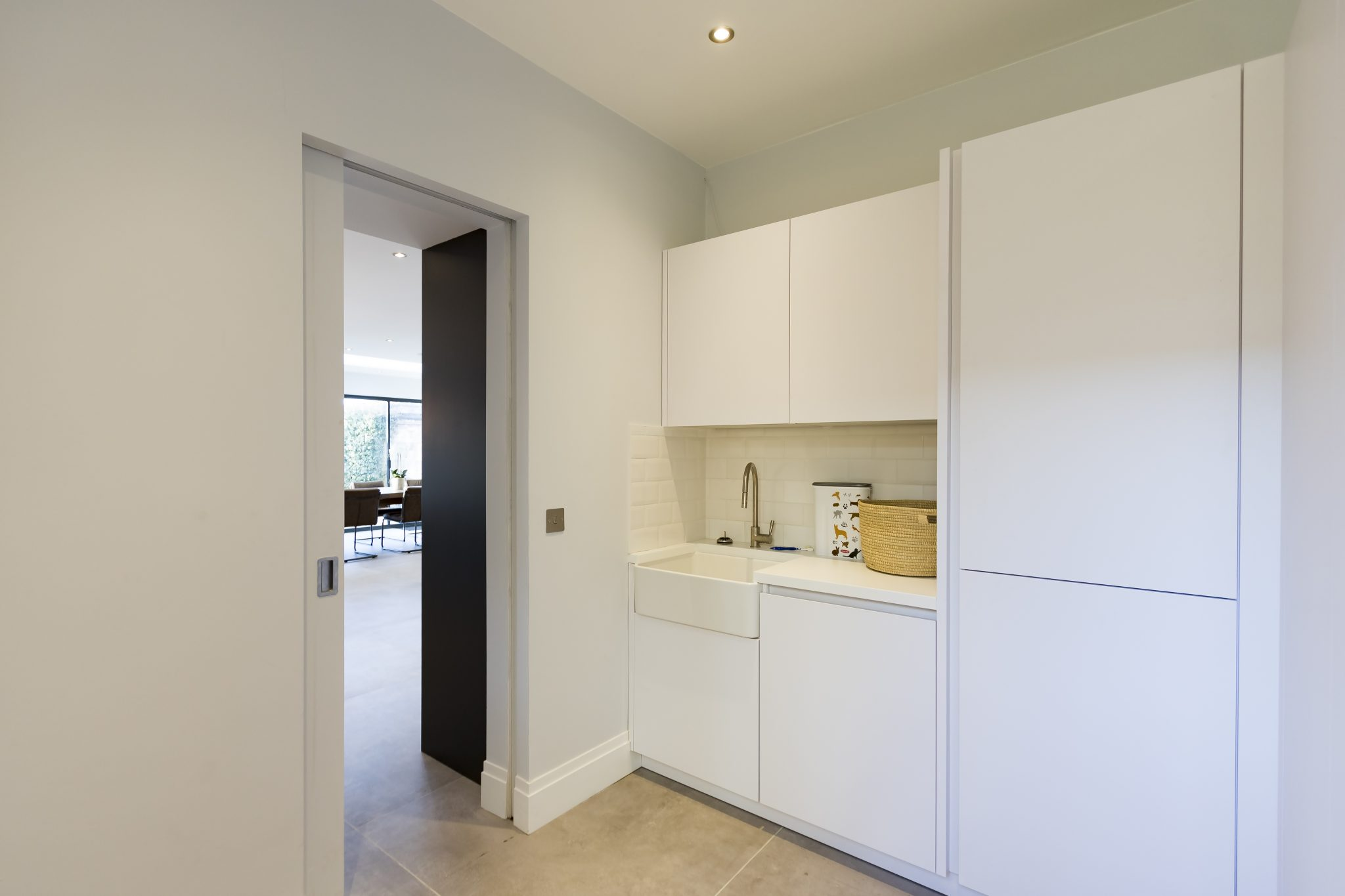 Modern Handleless Kitchen in Carbon Grey colour, from Leicht, in Kew