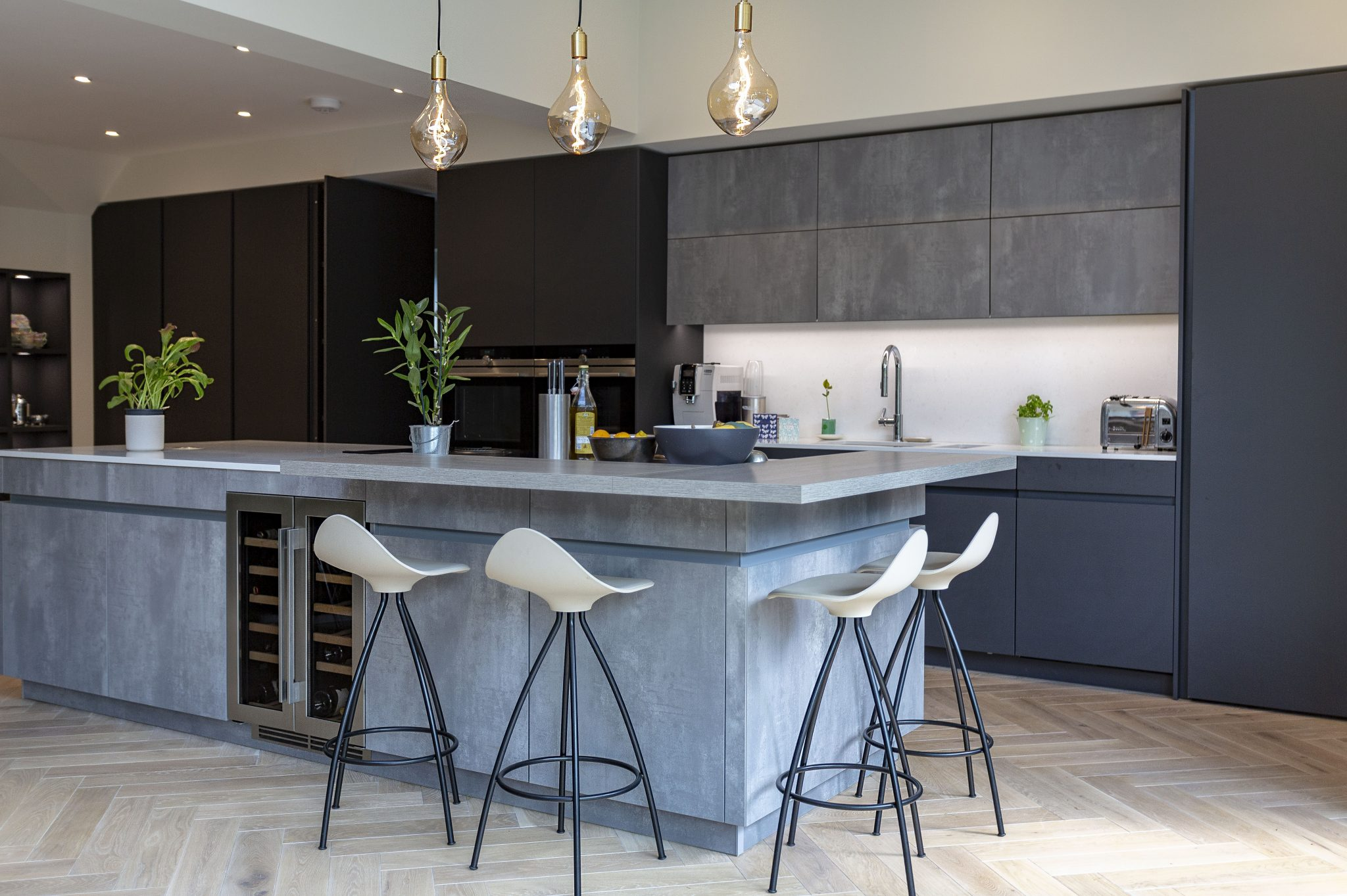 Leicht Carbon Grey and Concrete Kitchen, Richmond